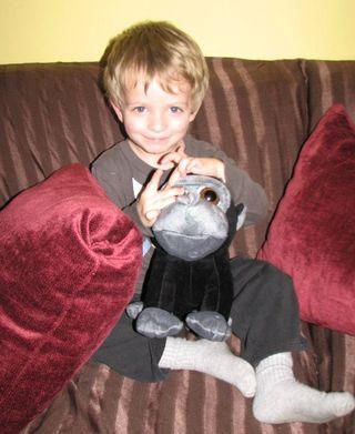 Avi and his new gorilla friend 001